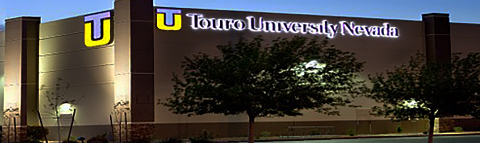 Local Holocaust Survivors Accept Honorary Degrees from Touro University